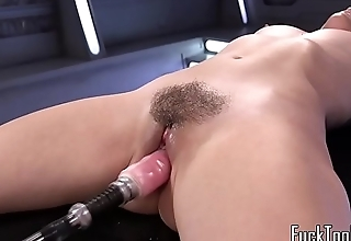 Solo babe screams while drilled with machine