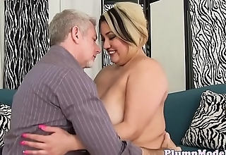 Tattooed bbw pussylicked and fucked deeply